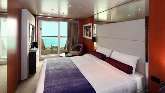 Imagen de un Camarote con balcón del Barco Costa neoRomantica