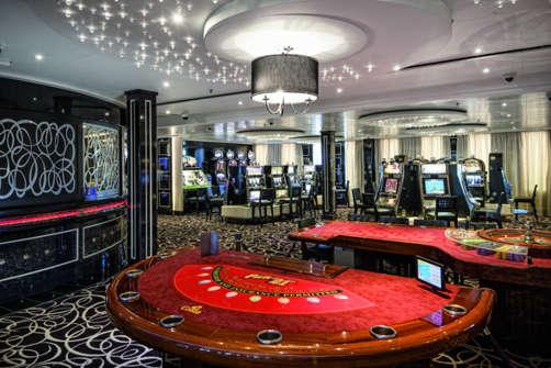 Imagen del Casino Excelsior del Barco Costa neoRomantica