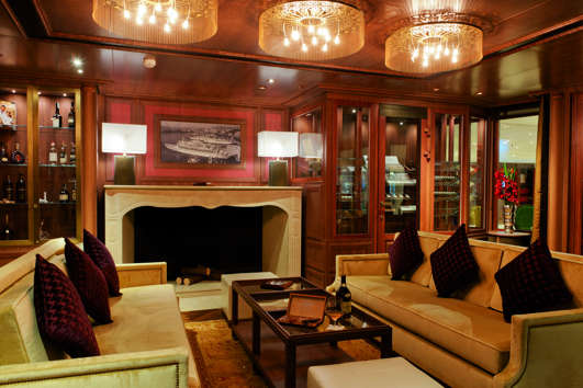 Imagen de la Sala de Fumadores del Barco Costa neoRomantica