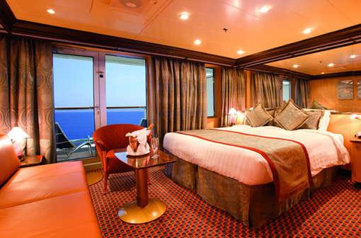 Imagen de una Suite del Barco Costa Pacifica