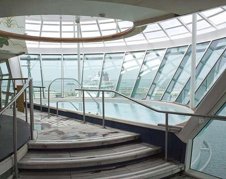 Imagen de un Jacuzzi del barco Freedom of th Seas