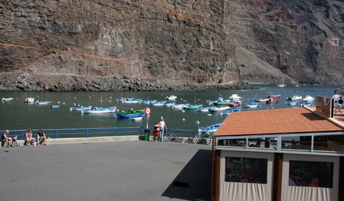 crucero-vueltas-puertos-canarias-terraza-cofradía