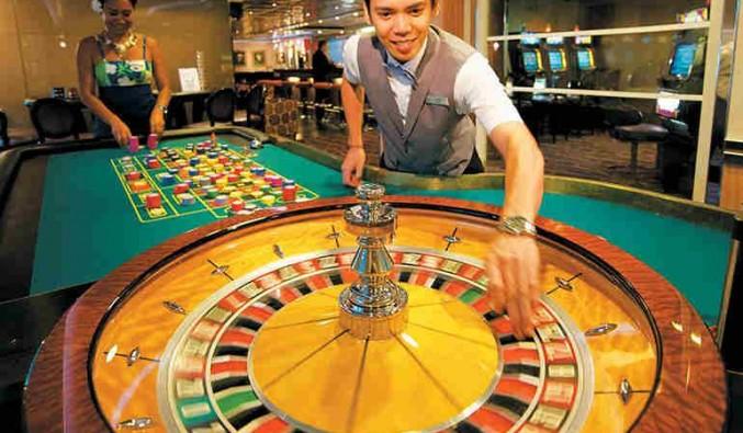 Imagen del Casino del barco Paul Gauguin