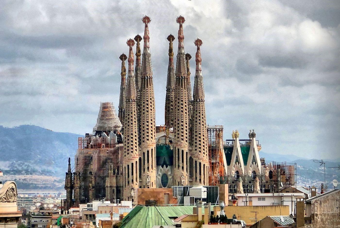 Nuestros 10 lugares favoritos para visitar en barcelona for De la sagrada familia