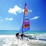 Les sports nautiques font partie de l'offre de loisirs de faire une escale de croisière à Gran Tarajal. Photo Patronato du Tourisme de Fuerteventura.