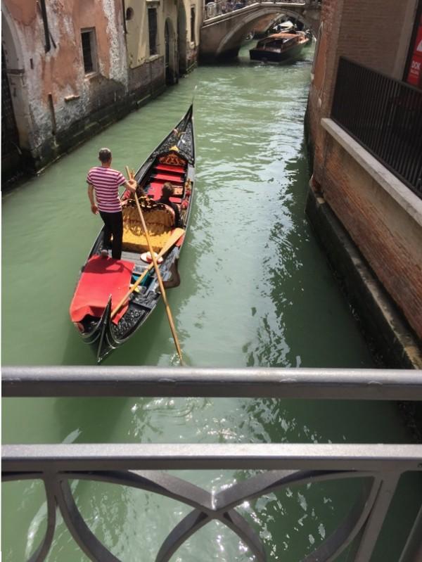 escale de croisière à Venise gondoles