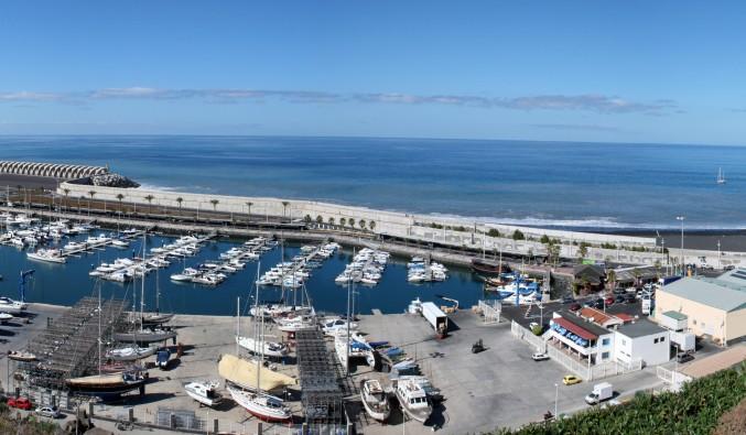 Tazacorte-panoramique-port