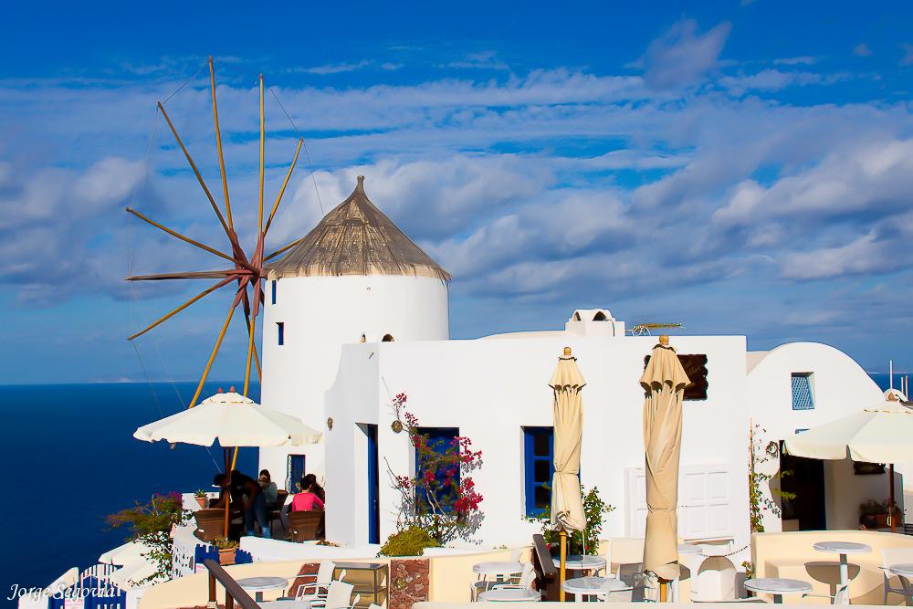 escala de crucero en Santorini.¿Buscas un crucero por las Islas Griegas este otoño?
