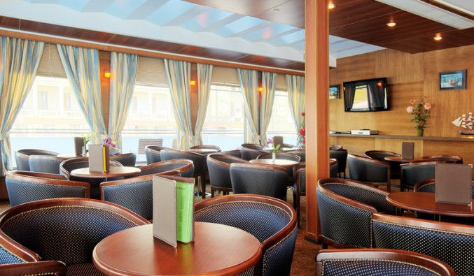 crucero-fluvial-ms-rublev-panavision-restaurante-miramar-cruceros