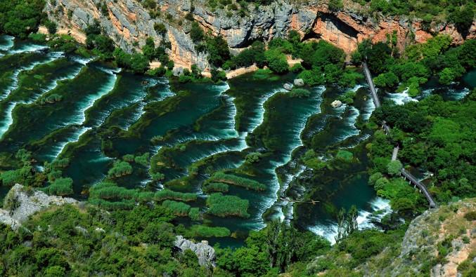 crucero-escala-sibenik-adriático-Sibenik - Krka NP - Roski waterfall