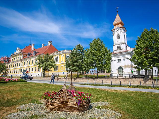 El Puerto Fluvial De Vukovar Historia De La Ciudad De Los Valientes Red Social De Cruceros Nudoss Com